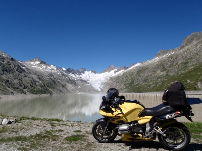 S_Bends's R1100S in the Swiss Alps