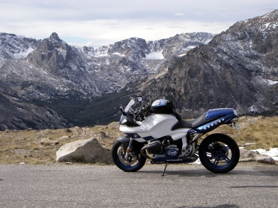 dlong's BMW R1100S - Early summer in Rocky Mountain National Park