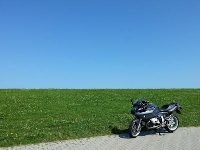Next to the dyke in Terneuzen (NL)