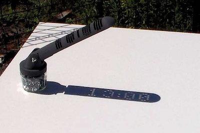 The Mojoptics Digital Sundial in use